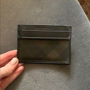 Burberry card holder!!